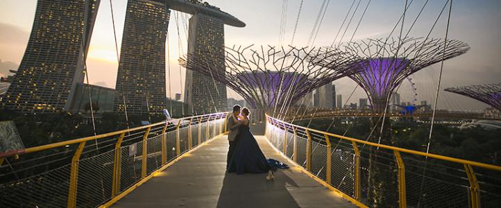 Vincent + Jhoan {Singapore Engagement Session}