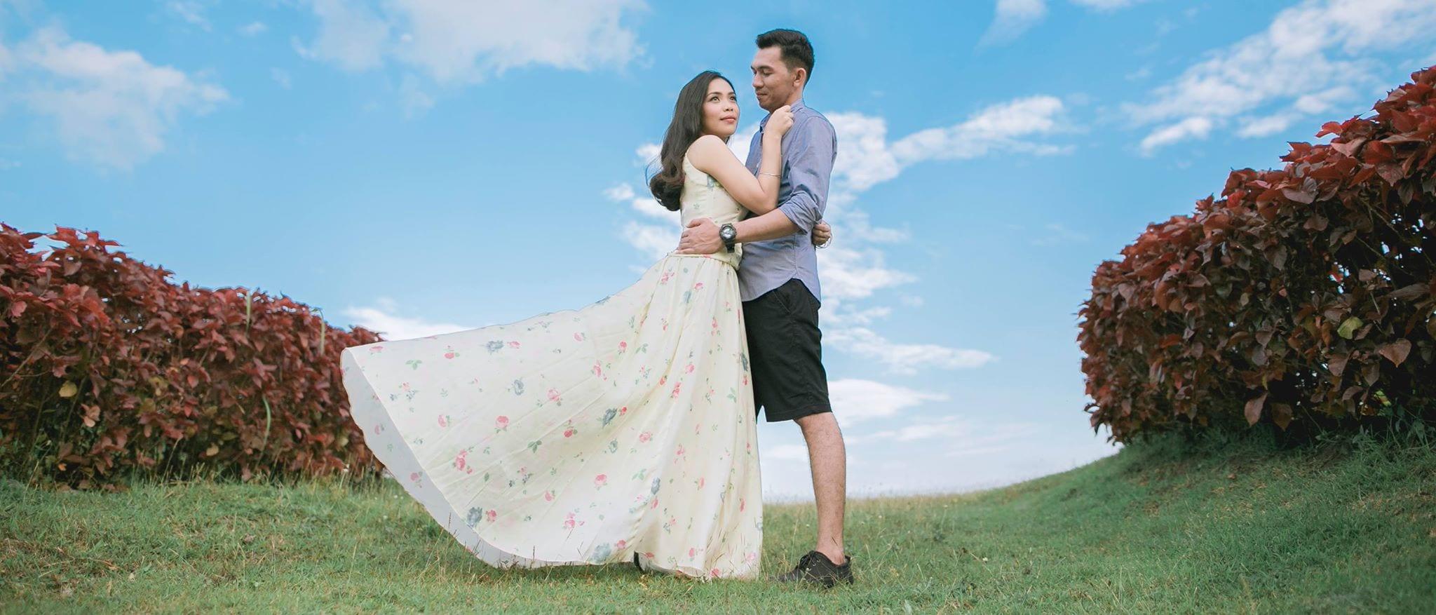 Manila Based Wedding Photographer